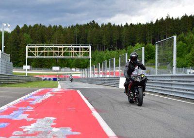 200525 SZR Trackday Turn 6 1732 SZRacing